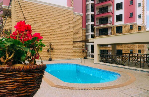 Serengeti Homes - Pool 1